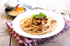Wholewheat spaghetti and mushrooms Stock Image