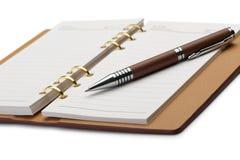 wiążącego miedzianego notatnika otwarty pióro elegancki Zdjęcia Stock