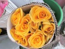 Wiązka żółte róże Zdjęcia Royalty Free