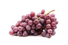 Wiązka czerwony winogrono na białym tle Fotografia Royalty Free