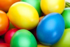 wiązki zbliżenia kolorowi Easter jajka zdjęcia royalty free
