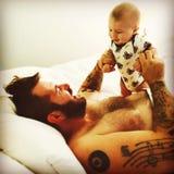 Więź ojciec z jego dzieckiem Zdjęcia Royalty Free