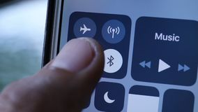 Wi-Fi schalten ein stock video footage