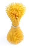 wiązki spaghetti odgórnego widok biel Obrazy Stock