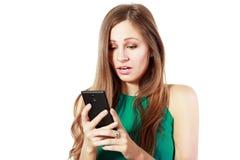 Wiadomość przy telefonem komórkowym obrazy stock
