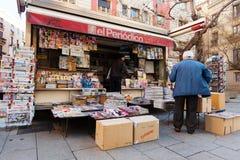 Wiadomość stojaki w Barcelona, Hiszpania Obraz Royalty Free