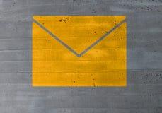 Wiadomości ikony pojęcie na cementowym tekstury tle Obrazy Royalty Free