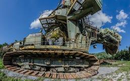 wiadra koła ekskawator w natury panoramie zdjęcie stock