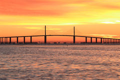 Światła słonecznego Skyway most przy wschodem słońca Zdjęcie Stock