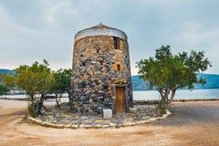 Wiatraczek na Kalydon półwysepie blisko Agios Nikolaos, Crete Obrazy Royalty Free
