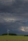 Wiatrowego silnika i dźwigania burza Obraz Royalty Free