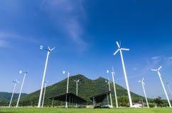 Wiatrowej energii turbina. Obrazy Royalty Free