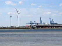 Wiatrowy generator i rzeka Obraz Royalty Free