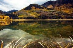 Wibrującego spadku Kolorado Złote Skaliste góry w marmurze, Kolorado Zdjęcie Stock