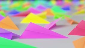 Wibrujący Papierowi samoloty na Netural powierzchni Zdjęcia Stock