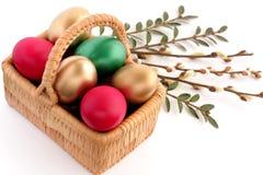 wicker пасхального яйца корзины Стоковые Изображения RF