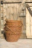 wicker штабелированный корзинами стоковое фото
