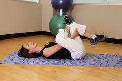 Ćwiczenia nogi ciągnienie Fotografia Royalty Free