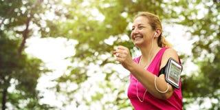 Ćwiczenie sprawności fizycznej zdrowie aktywności treningu napadu Cardio pojęcie Zdjęcia Stock