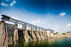 Wide angle view of a dam Royalty Free Stock Photos