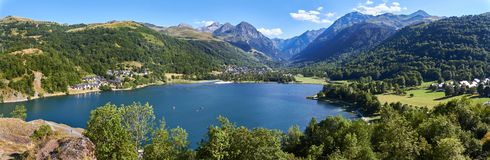 Wide Vacation lake between mountains royalty free stock photos