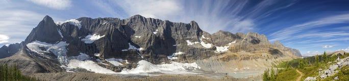 Free Wide Panoramic Landscape Scenic View Rockwall Mountain Range Kootenay National Park Canadian Rockies Stock Photos - 157414273
