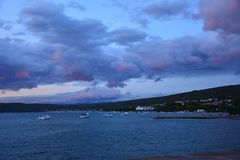 Wide view for sea during strong sunset royalty free stock photos