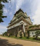 Wideangle foto van het belangrijkste levensonderhoud van Osaka Castle in Osaka, Japa Stock Fotografie