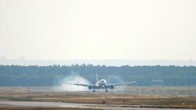 Widebody samolotowy l?dowanie w Frankfurt zbiory wideo