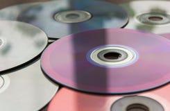 Wideo i audio cd na stole Zdjęcie Royalty Free