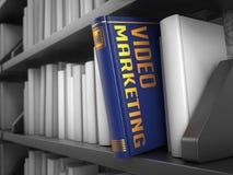 Wideo marketing - tytuł książka kolor tła pojęcia, niebieski internetu ilustracji