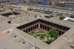 Widoków dachy i podwórze Convento Santo Domingo od jego belltower, zdjęcia stock