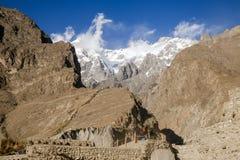 Widok śnieg nakrywający Ultar sar halny szczyt w Karakoram pasmie Hunza dolina, Gilgit Baltistan, Pakistan obrazy royalty free