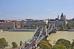 Widok łańcuszkowego mosta i St. Stephen Bazylika Fotografia Royalty Free