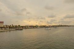 Widok śródmieścia St Augustine jako słońce iść puszek obraz stock