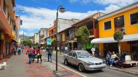 Widok śródmieście miasto Banos Banos lokalizuje na północnych pogórzach Tungurahua wulkan Zdjęcia Stock