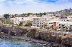 Widok Acitrezza od dennej strony Acicastello, Catania, Sicily, Włochy obraz royalty free