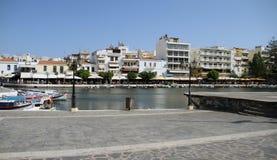 Widok Agios Nikolaos Nad Jeziornym Voulismeni, Crete, Grecja Zdjęcia Royalty Free