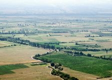 Widok Alazani dolina od monasteru Nekresi obrazy royalty free