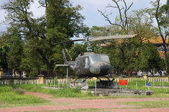Widok amerykańskiego purpose Bell UH-1 śmigłowcowy Iroquois w odcieniu, Wietnam Obrazy Stock