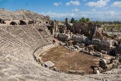Widok antykwarski rzymski amfiteatr w stronie, Turcja obrazy royalty free