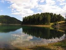 widok Aoos jezioro, Epirus Grecja Fotografia Stock