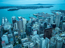Widok Auckland, Nowa Zelandia od niebo pokładu nieba wierza Obraz Royalty Free