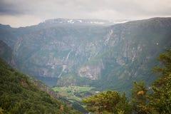 widok Aurlandsfjord od Stegastein punkt widzenia obraz stock