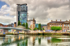 Widok Belfast z rzecznym Lagan obraz stock