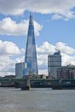 Widok biznesowi budynki od rzeki Obraz Stock