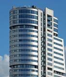 widok bridgewater miejsce obecnie wysoki budynek w Leeds przeciw niebieskiemu niebu w świetle słonecznym obraz stock