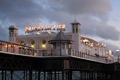 Widok Brighton molo przy zmierzchem Zdjęcia Stock