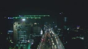 Widok budynek budowa i noc ruch drogowy zbiory