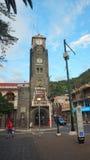 Widok budynek zarząd miasta miasto Banos lokalizuje na północnych pogórzach Tungurahua wulkan Zdjęcia Royalty Free